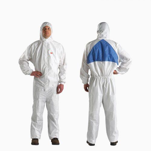 3Μ-4540 Υψηλών προδιαγραφών φόρμα τύπου ΤYVEK ολόσωμη με κουκούλα. Με πλεκτές μανσέτες και διπλό φερμουάρ. Λαμιναρισμένη. Για χημικές ουσίες και επιπλέον προστασία από μεταδοτικές ασθένειες.